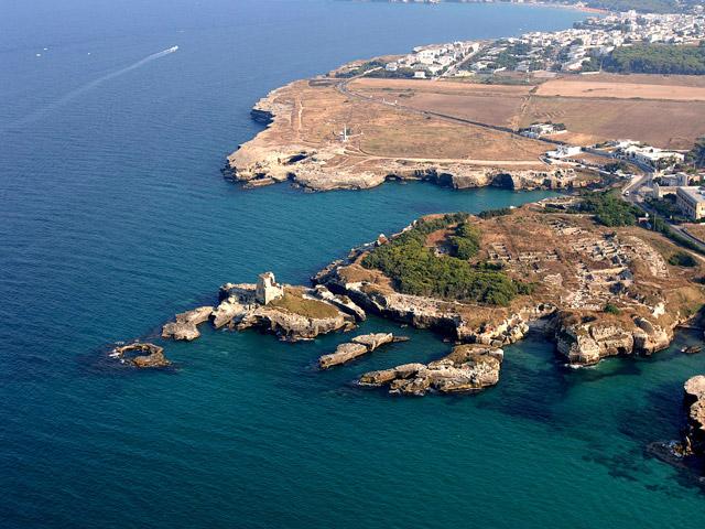 Roca Vecchia localita' della Marina di Melendugno nel Salento in provincia di Lecce.