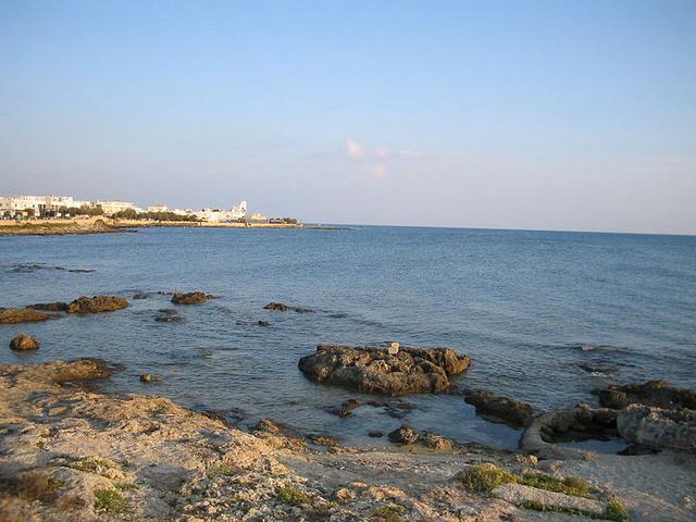 Lido San Giovanni e' una zona della citta' di Gallipoli tra le piu' vicine al mare e provvista di qualsiasi comfort per i vacanzieri che scelgono di trascorrere le vacanze nel meraviglioso Salento.