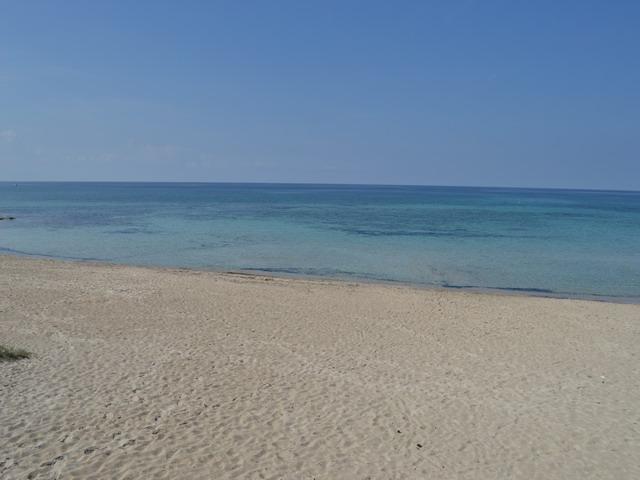 Rivabella di Gallipoli: la bellezza naturale del luogo, mare limpido, spiaggia sabbiosa e divertimento assicurato per tutti... ha contribuito negli ultimi anni a renderla una delle piu' gettonate mete del Salento.