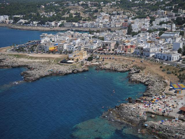 Lido Conchiglie si e' sviluppato in seguito alla costruzione di uno stabilimento balneare battezzato Lido Conchiglie per la presenza sulla spiaggia di numerose conchiglie.