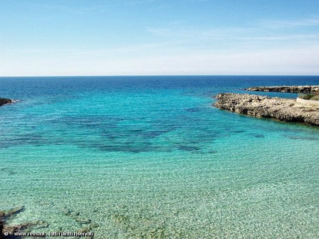 Marina di Pulsano risulta essere una localita' di eccezionale fascino, giudicata una delle zone piu' belle di tutta la costa dello Ionio salentino.