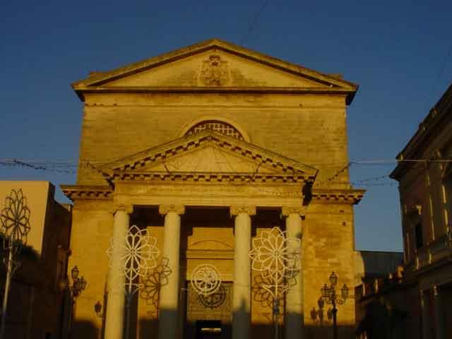 Ugento comune della provincia di Lecce, situato nel basso Salento, riconosciuta nel 2008 come citta' d'arte e localita' ad economia turistica della Regione Puglia.