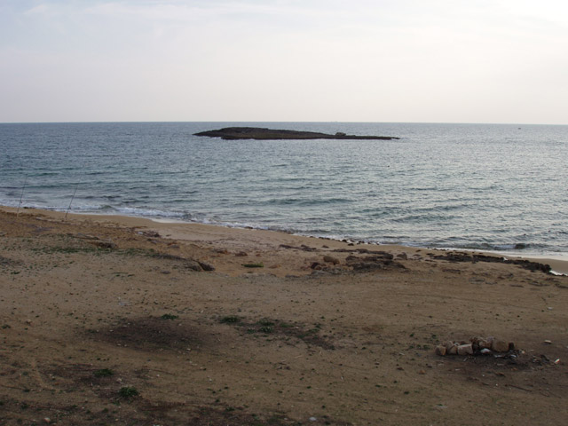 Mare Verde e' una baia di modeste dimensioni. La zona e' anche denominata Pazzi perche' di fronte alla costa e' posizionata un'isola detta Pazze.