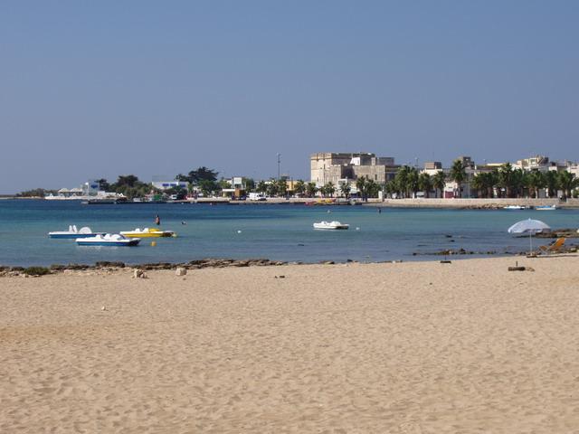 Porto Cesareo una delle località turistiche piu' belle del litorale salentino, centro peschereccio caretterizzato da un piccolo