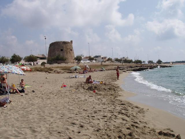 La sagoma della torre diroccata e' sicuramente l'immagine piu' caratteristica di Torre Mozza.