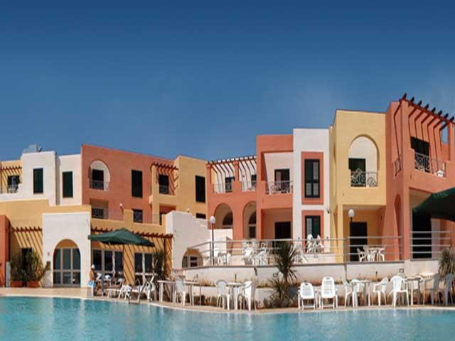 Di recente costruzione Hotel Aliz? con bellissima piscina