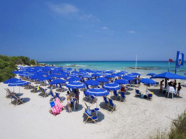 Spiaggia attrezzata a soli 800 metri dal Grand Hotel Daniela