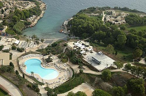 Vista dall'alto del villaggio le cale d'Otranto