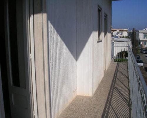Balcone dell'appartamento in affitto a Torre dell'Orso