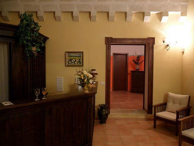 Hall della Masseria Santicuti
