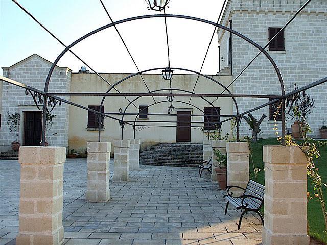 Esterni della Masseria Santicuti