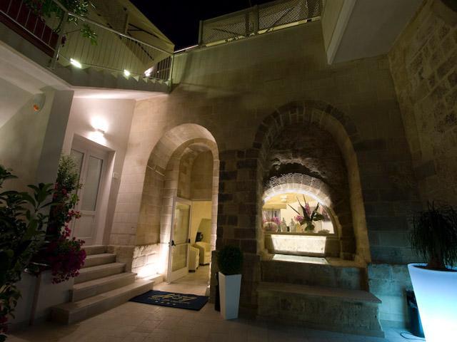 Illuminazione notturna di Hotel San Giuseppe