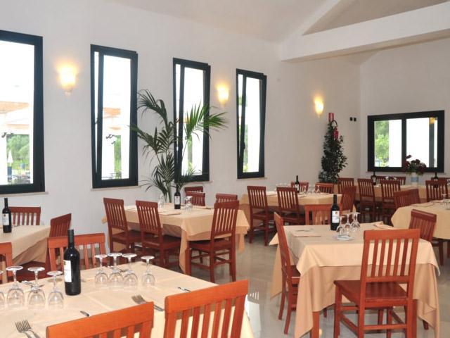 Ristorante - Blumare Club Village a Frassanito