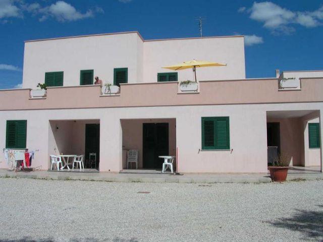 Esterni residence Li Tumi a Lido Marini