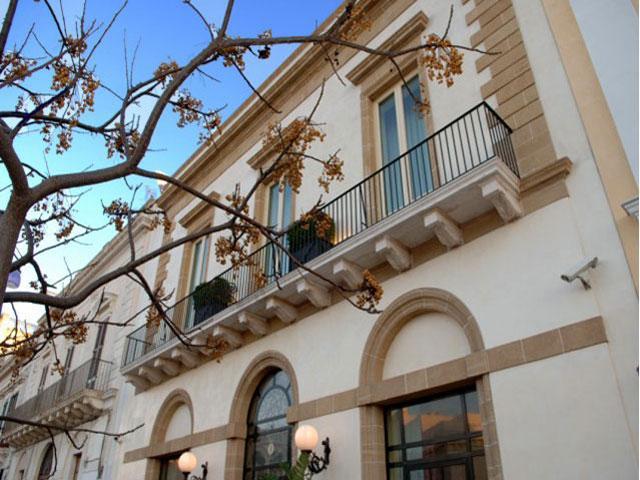 Hotel Palazzo del Corso categoria 5 stelle a Gallipoli