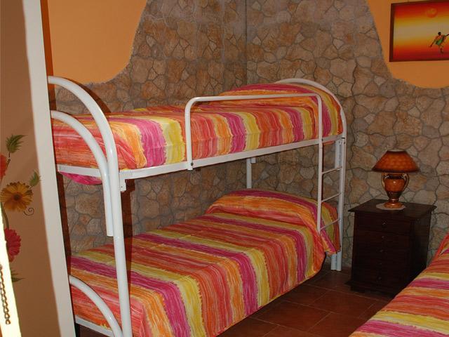 Camera con letti singoli del quarto trilocale