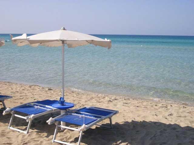 Spiaggia attrezzata a 200 metri dall'hotel Club Astor