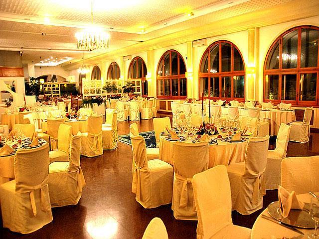 Il ristorante e le sale ricevimento dell'Hotel Incanto