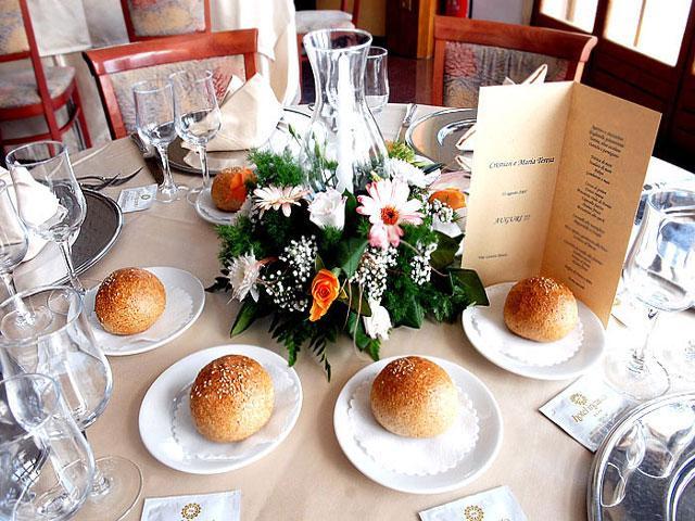 Sala riservata per piccoli banchetti o colazioni di lavoro