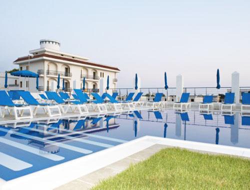 Piscina dell'Hotel Club Azzurro
