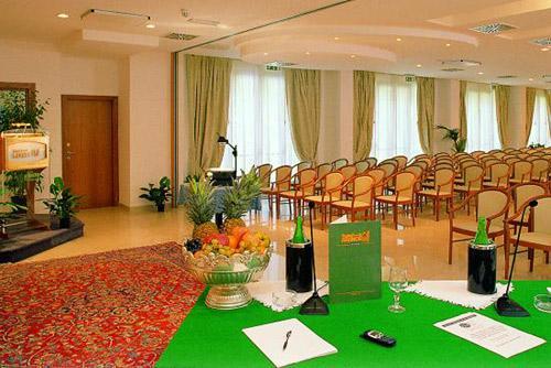 Congressi e Meeting all'interno dell'Hotel degli Aranci