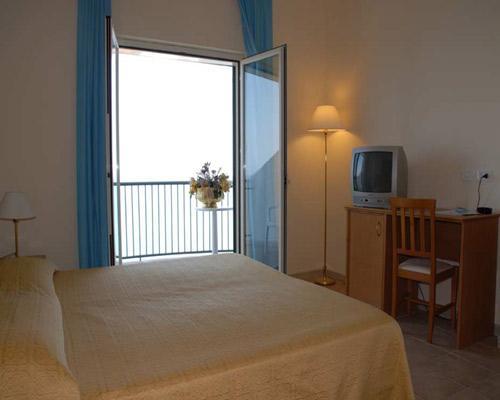 Hotel Pietre Nere sul Gargano dispone di 45 camere disposte su tre piani