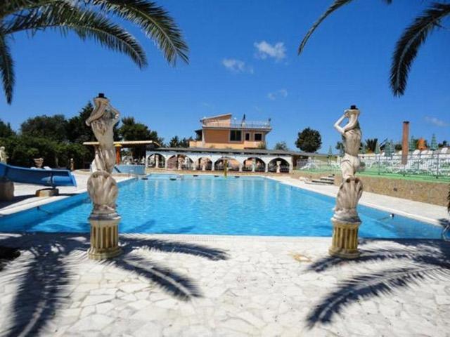 Hotel Residence Parco del Sole a Rodi Garganico