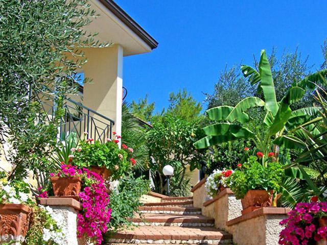 Defensola Residence in Puglia