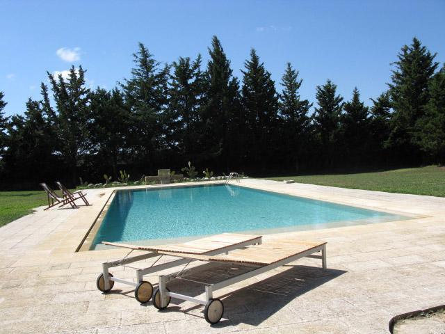 Bellissima piscina dell antica dimora Casina Baronale