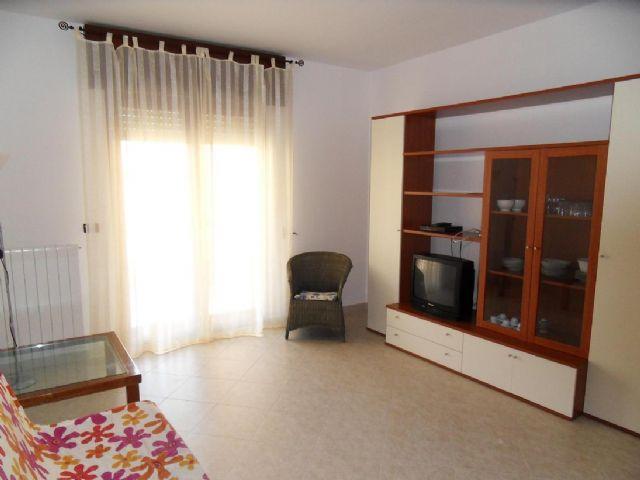 soggiorno appartamento con angolo TV