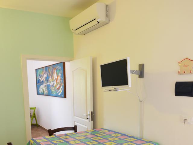 camere climatizzate e TV a schermo piatto