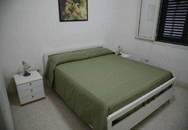 Camera da letto matrimoniale della villetta