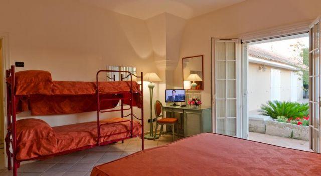 la camera quadrupla con letti a castello