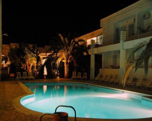 Illuminazione serale del Residence Blumarine