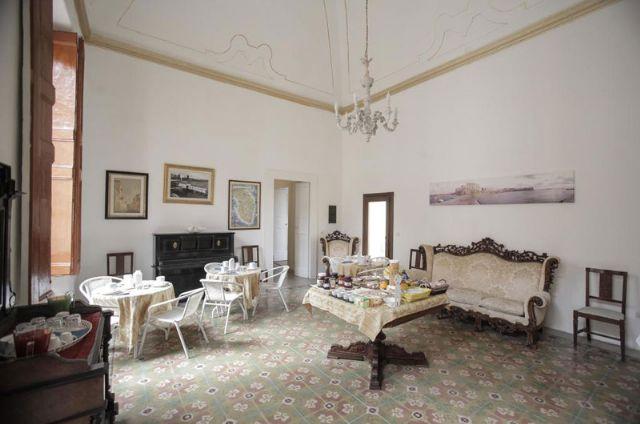 Sala colazioni del bed and breakfast