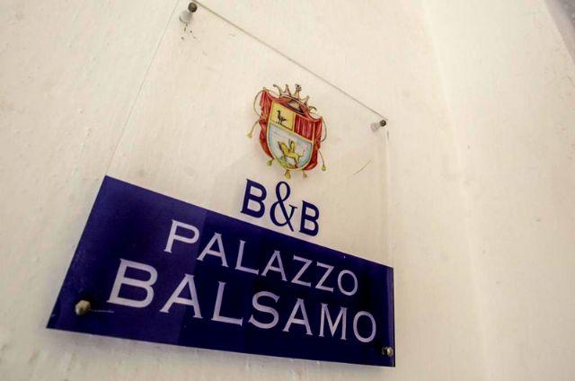 Entrata al Bed and Breakfast Palazzo Balsamo di Gallipoli
