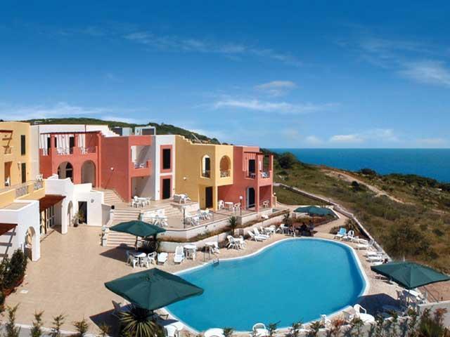 Hotel alize 39 categoria 4 stelle a santa cesarea terme porto miggiano - Piscina sulfurea santa cesarea terme ...
