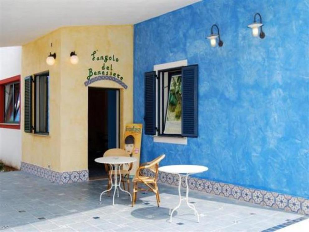 Hotel i turchesi club village a castellaneta marina for Sedie turchesi