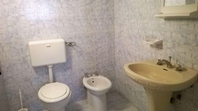 uno dei bagni dell'alloggio
