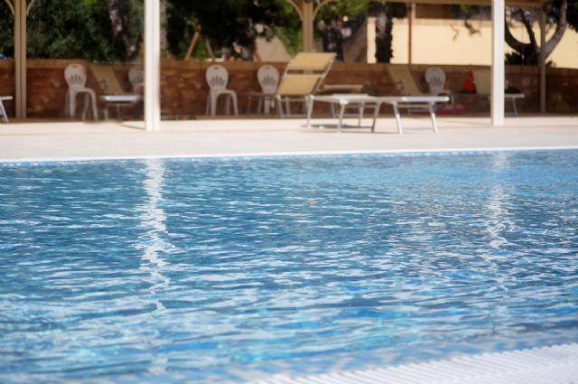 la piscina a sfioro del Matine