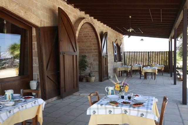 la terrazza per degustazioni all'aperto