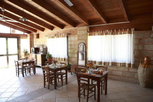 la sala interna del ristorante Matine