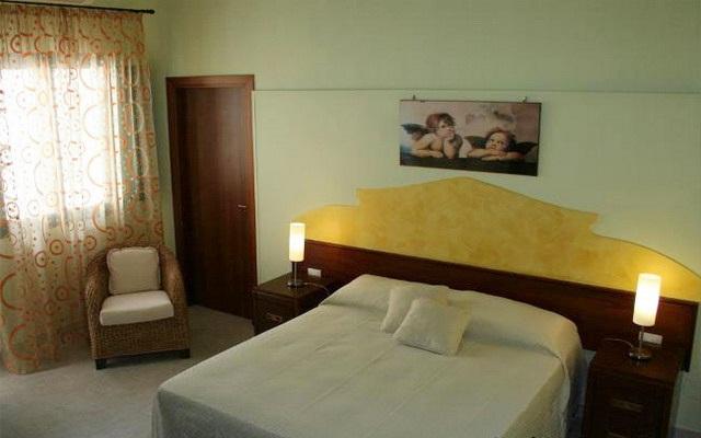Camera da letto accogliente e confortevole