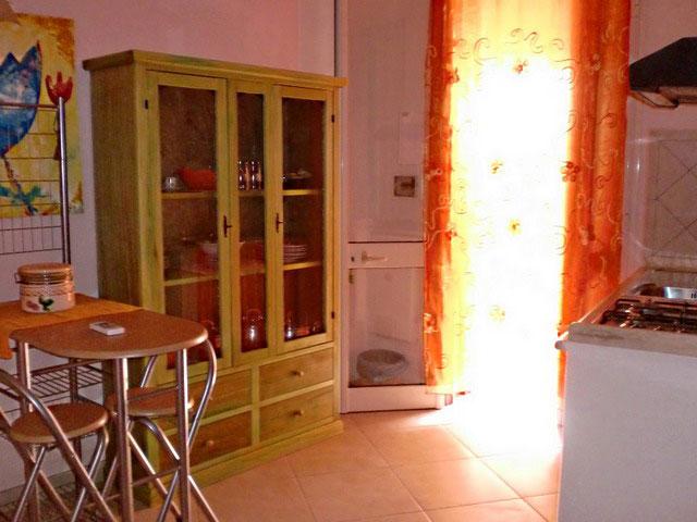 Cucina appartamento verde