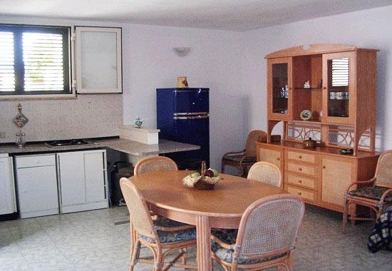 Angolo Cottura In Veranda : Appartamento con giardino e veranda in villa bifamiliare a torre