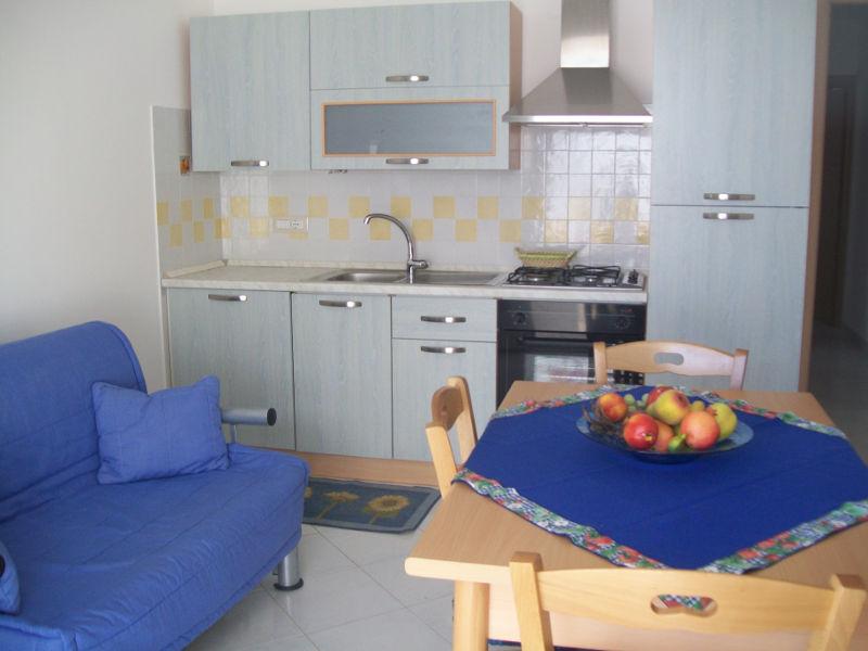 Case vacanza di via schipa alloggi con due o tre camere for Interni di appartamenti