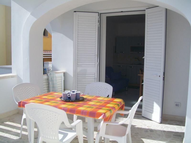 Trilocale con veranda attrezzata posto a piano strada