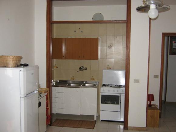 Cucinino con angolo cottura - Bilocale al secondo piano