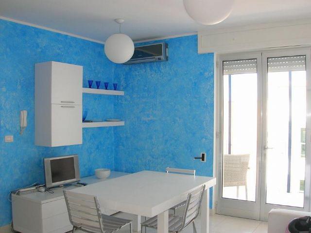 Listino prezzi Trilocale con terrazza vista mare a Otranto