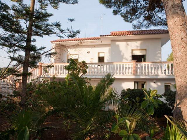 Case vacanze in affitto a torre san gregorio alle tariffe for Piani di casa di campagna di 1500 piedi quadrati